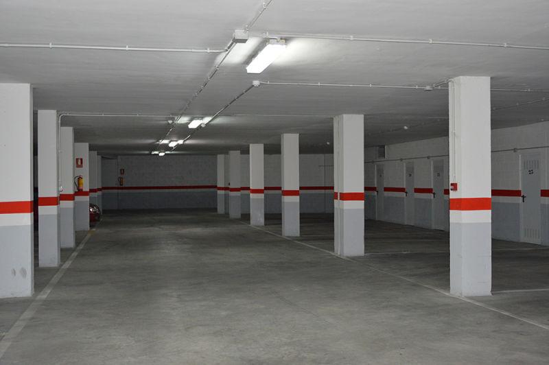 Garaje gestion de fincas y alquiler de pisos xandra per z - Garaje de alquiler ...