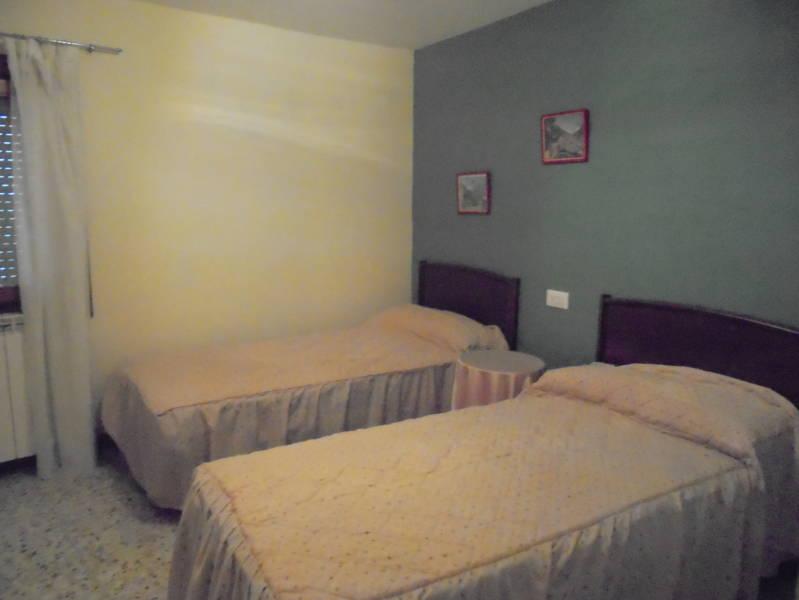 habitacion dos camas segunda gestion de fincas y